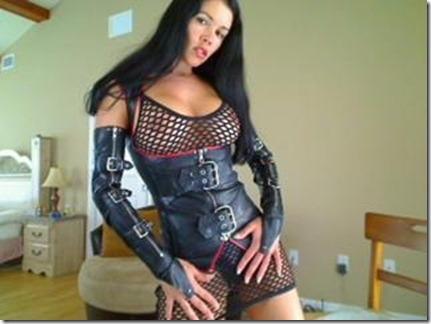 27latex-fetish-webcams